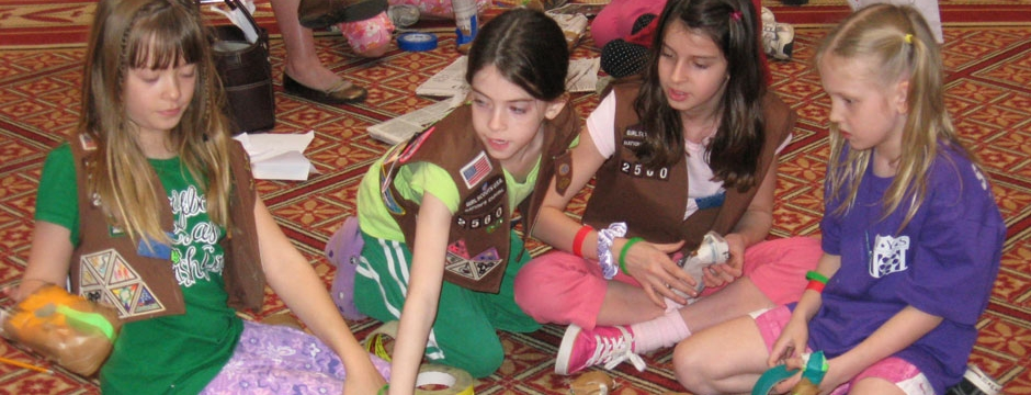 Girl Scouts participate in varied Museum projects related to the built environment. Photo by Museum staff.